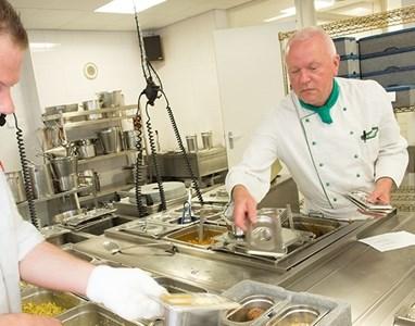 maaltijden & boodschappen HSB de Vijverhof: Plaza Vijverhof