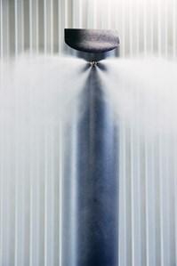 Klussen huis & tuin Verplaatsbare watermist nozzle, maakt een onvermijdelijke brand overleefbaar