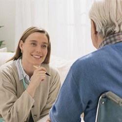 Informatie & advies Parento Thuiszorg: Ouderenadviseur