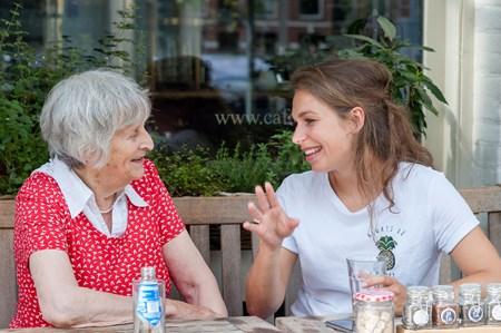 begeleiding & gezelschap Mantelaar: Begeleiding & gezelschap
